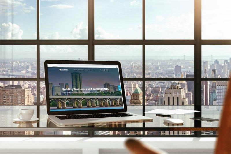 Commerce website on a laptop